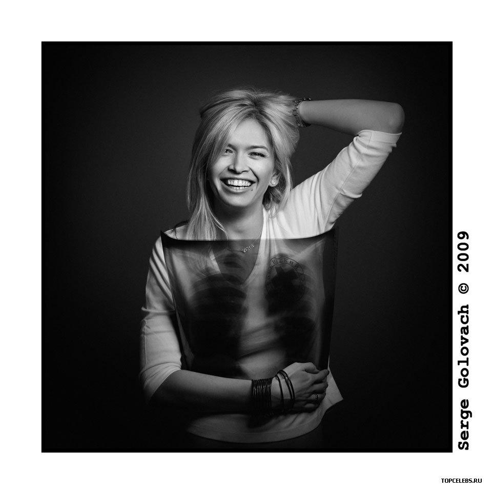 Скрытая съемка девушек на флюорографии 6 фотография