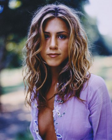 Jennifer Aniston в журнале US Weekly (1998)