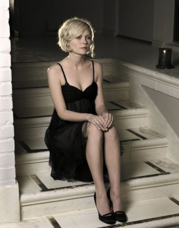Kirsten Dunst в фотосессии Kevin Lynch