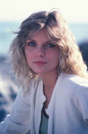 Michelle Pfeiffer в фотосессии Paul Harris (1982)