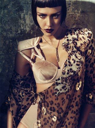 Jessica Alba в журнале Vogue Italy (апрель 2011)