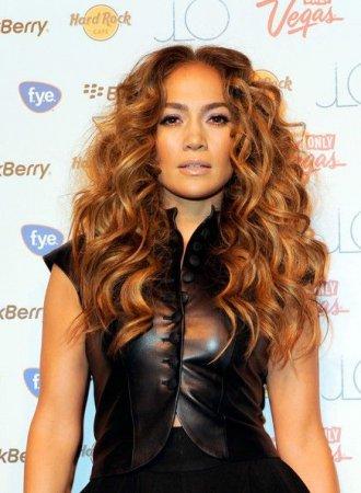 Jennifer Lopez на презентации альбома Love? (2011)