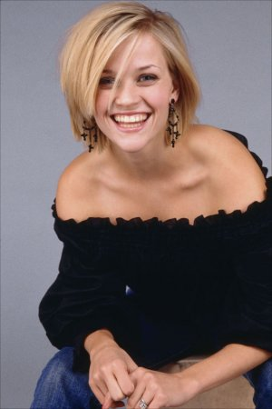 Reese Witherspoon в фотосессии Mary Ellen Matthews (2002)