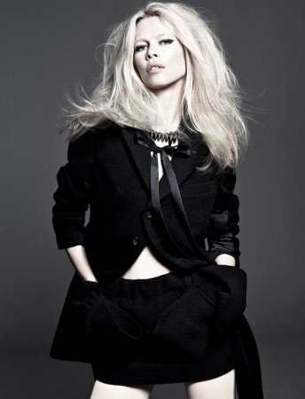 Claudia Schiffer в журнале Vogue Spain (сентябрь 2011)