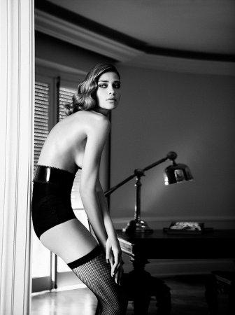 Ana Beatriz Barros в журнале Elle Brazil (сентябрь 2011)
