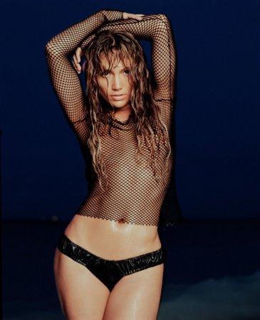 Jennifer Lopez в журнале FHM (2001)