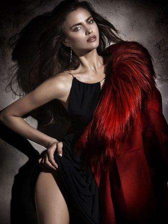 Горячая Ирина Шейк в журнале Elle Spain (декабрь 2011)