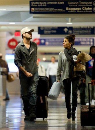 Ева Лонгория в аэропорту Лос-Анджелеса
