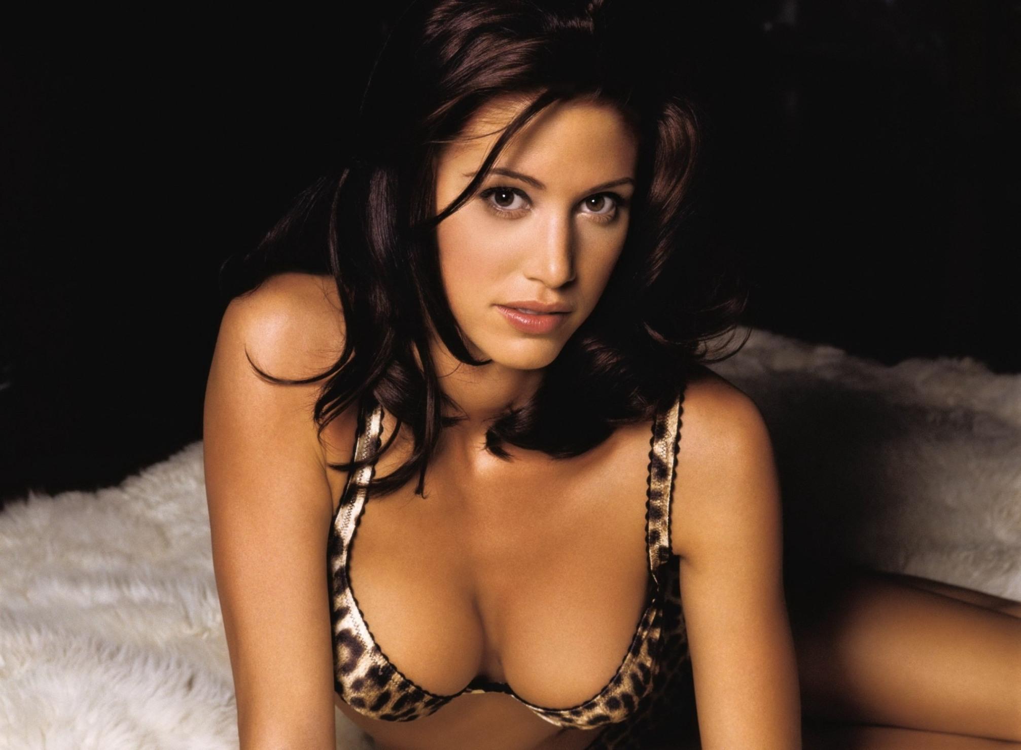 Самые сексуальные девушки всех времен, Самые красивые женщины всех времён по версии 16 фотография
